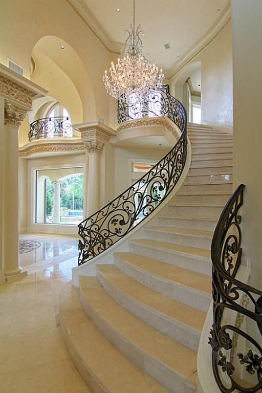 Mansion Grand Interior Designs 3